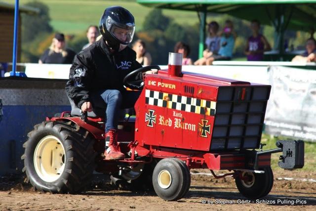 traktorpulling2011_schlechtenwegen_03