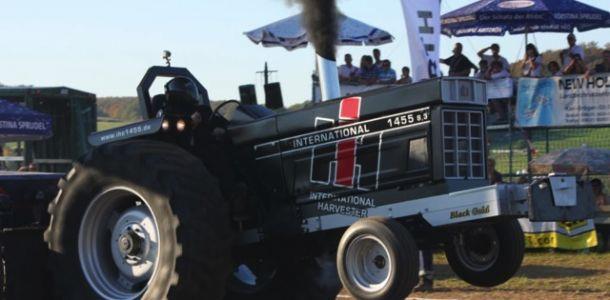 "Traktorpulling 2011 Schlechtenwegen ""Mega-Event"""